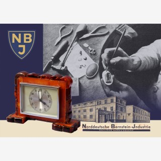 Exhibition of amber items from the 1920s – 1930s