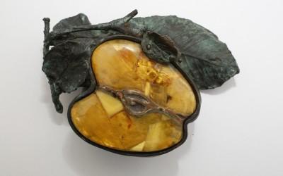 "Casket ""Apple"" from the series ""Fruit"". 2008 Author Olga Badmaeva, Kaliningrad – Penza"