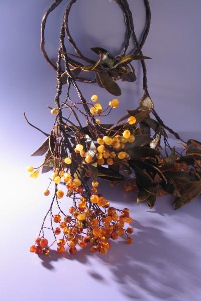 """Belt """"Bunches of Rowanberry"""". 2007 AUthor Elena Gradinarova, Kaliningrad"""