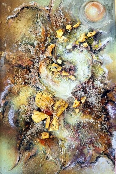 Панно «Май». 2016  Автор Елена Тихомирова  Янтарь, металл, акриловая краска, соль, стекло, проволока  60х45 см